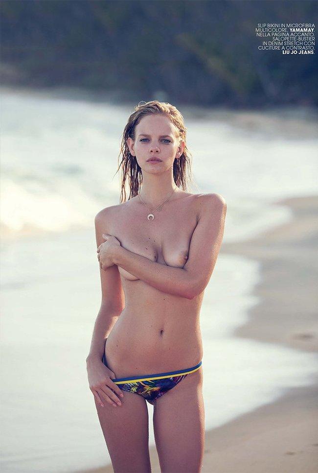 Марло Хорст кидает кости на пляже: две сиськи идут уже в базовой комплектации! Marie Claire Italy Magazine (июнь 2016): marloes-horst-8_Starbeat.ru