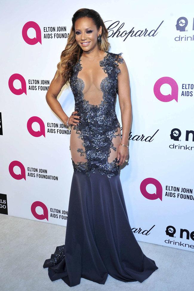 Мелани Браун на вечеринке Элтона Джона «AIDS Foundation Academy Awards»: melanie-brown-oscar-2014---vanity-fair-party--02_Starbeat.ru