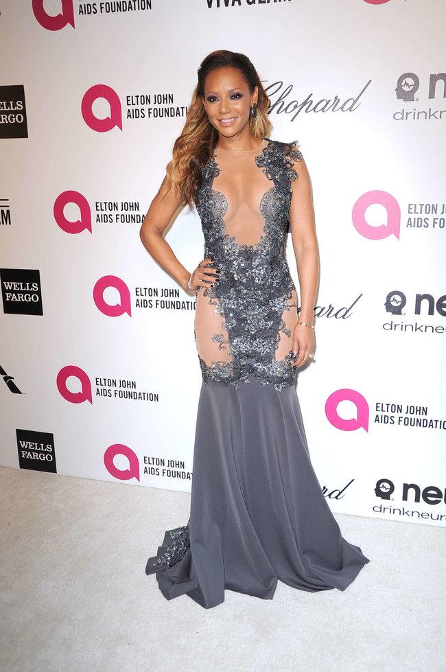 Мелани Браун на вечеринке Элтона Джона «AIDS Foundation Academy Awards»: melanie-brown-oscar-2014---vanity-fair-party--04_Starbeat.ru