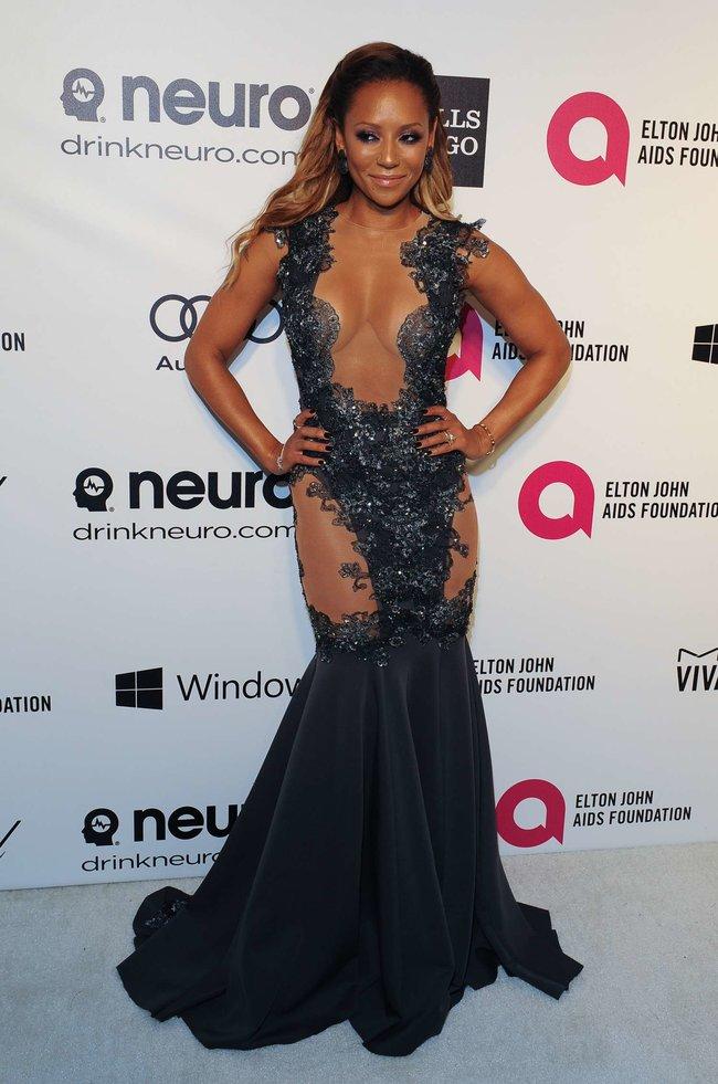 Мелани Браун на вечеринке Элтона Джона «AIDS Foundation Academy Awards»: melanie-brown-oscar-2014---vanity-fair-party--07_Starbeat.ru