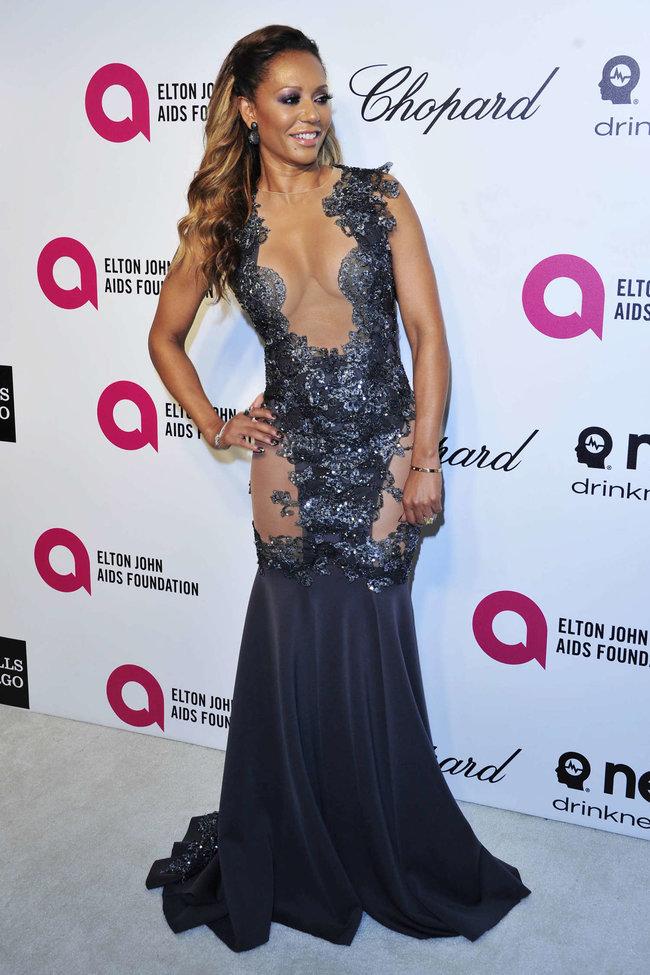 Мелани Браун на вечеринке Элтона Джона «AIDS Foundation Academy Awards»: melanie-brown-oscar-2014---vanity-fair-party--10_Starbeat.ru