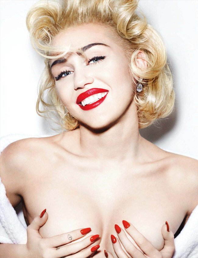 Топлесс-фотосессия в мартовском «Vogue Germany»: Майли Сайрус: miley-cyrus-35_Starbeat.ru