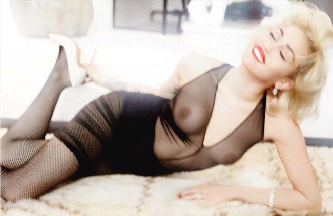 Топлесс-фотосессия в мартовском «Vogue Germany»: Майли Сайрус: miley-cyrus-53_Starbeat.ru