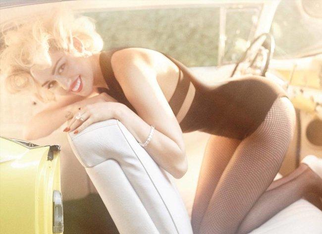 Топлесс-фотосессия в мартовском «Vogue Germany»: Майли Сайрус: miley-cyrus-9_Starbeat.ru