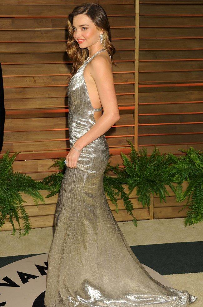Миранда Керр в Голливуде: красная дорожка вечера «Vanity Fair»: miranda-kerr-11_Starbeat.ru