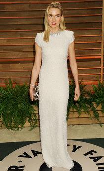 Наоми Уоттс посетила светский раут «Vanity Fair» в Голливуде: naomi-watts-oscar-2014---vanity-fair-party--01_Starbeat.ru