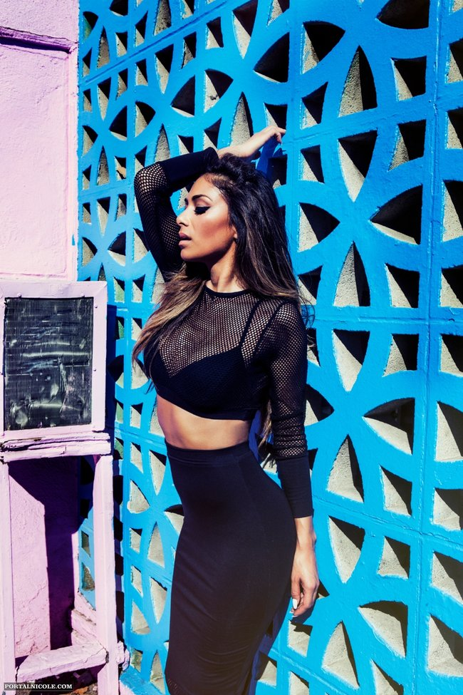 Николь Шерзингер в фотосессии «Missguided 2014»: nicole-scherzinger-missguided-photoshoot-2014--09_Starbeat.ru