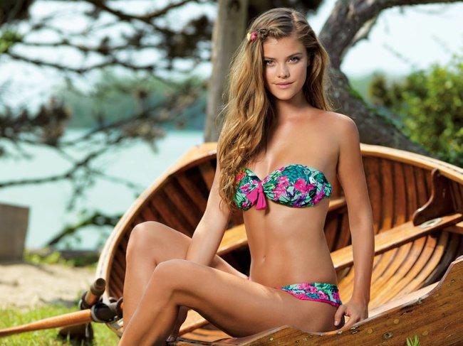 Нина Агдал в бикини: реклама купальников «Banana Moon»: nina-agdal-121_Starbeat.ru