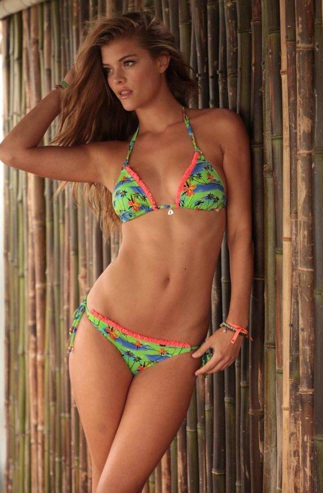 Нина Агдал в бикини: реклама купальников «Banana Moon»: nina-agdal-151_Starbeat.ru