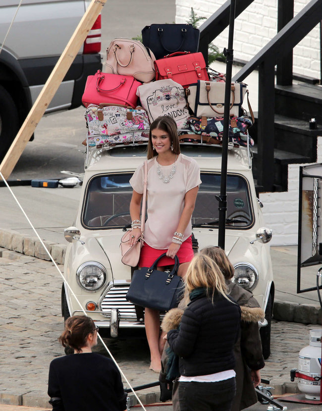 Бикини-фотосессия в Лос-Анджелесе: Нина Агдал: nina-agdal-bikini-photoshoot--04_Starbeat.ru