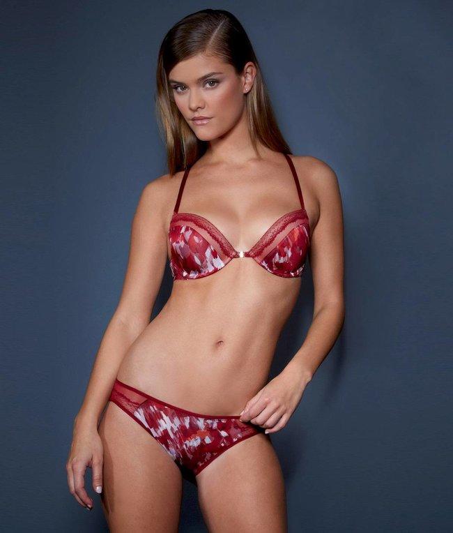 Нина Агдал в рекламе белья «Calvin Klein»: nina-agdal-241_Starbeat.ru