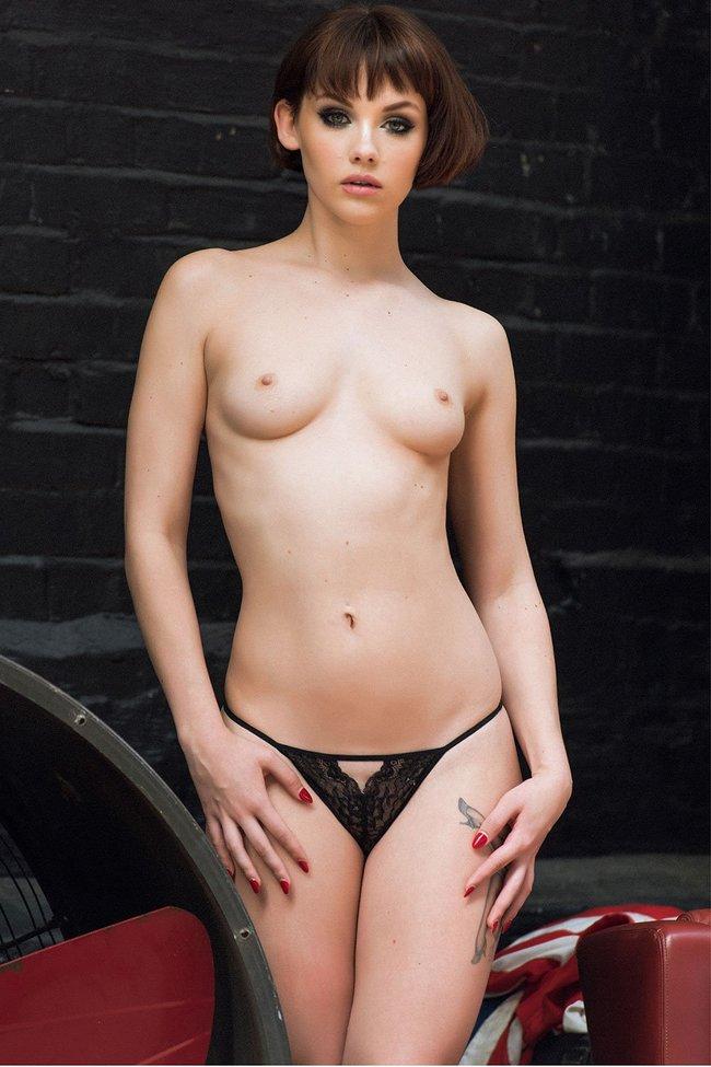 Разнокалиберные бубсы: подборка всяких женщин: mellisa-clarke-3-1_Starbeat.ru