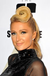 4-я ежегодная пре-пати «Грэмми 2014»: Пэрис Хилтон: paris-hilton-13_Starbeat.ru