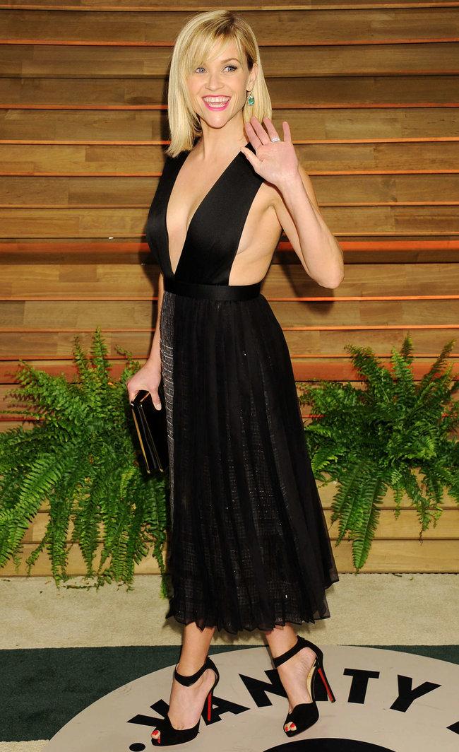 Риз Уизерспун на красной дорожке вечера журнала «Vanity Fair»: reese-witherspoon-oscars-2014---vanity-fair-party--12_Starbeat.ru