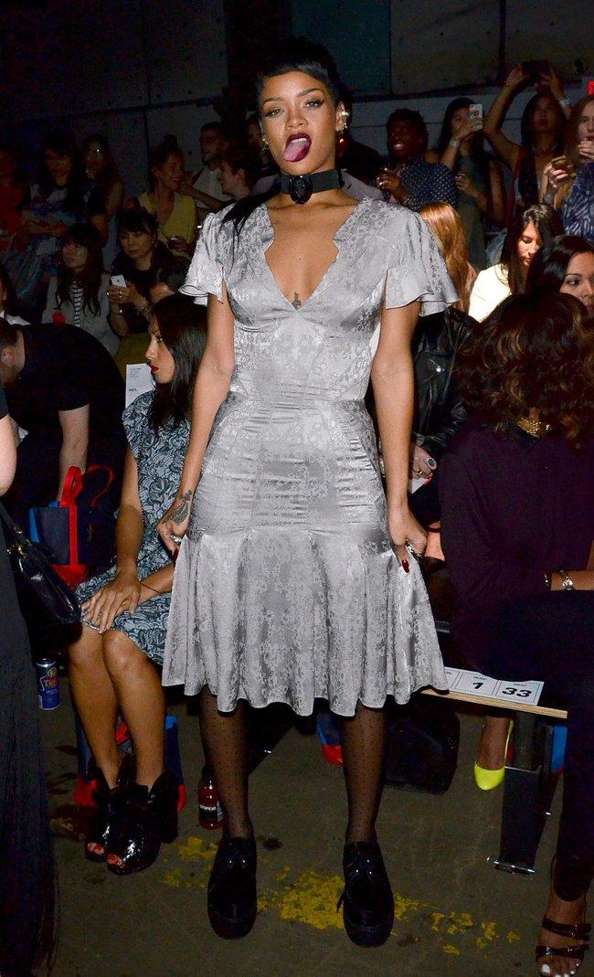 Рианна на Неделе Моды в Нью-Йорке: rihanna-151_Starbeat.ru
