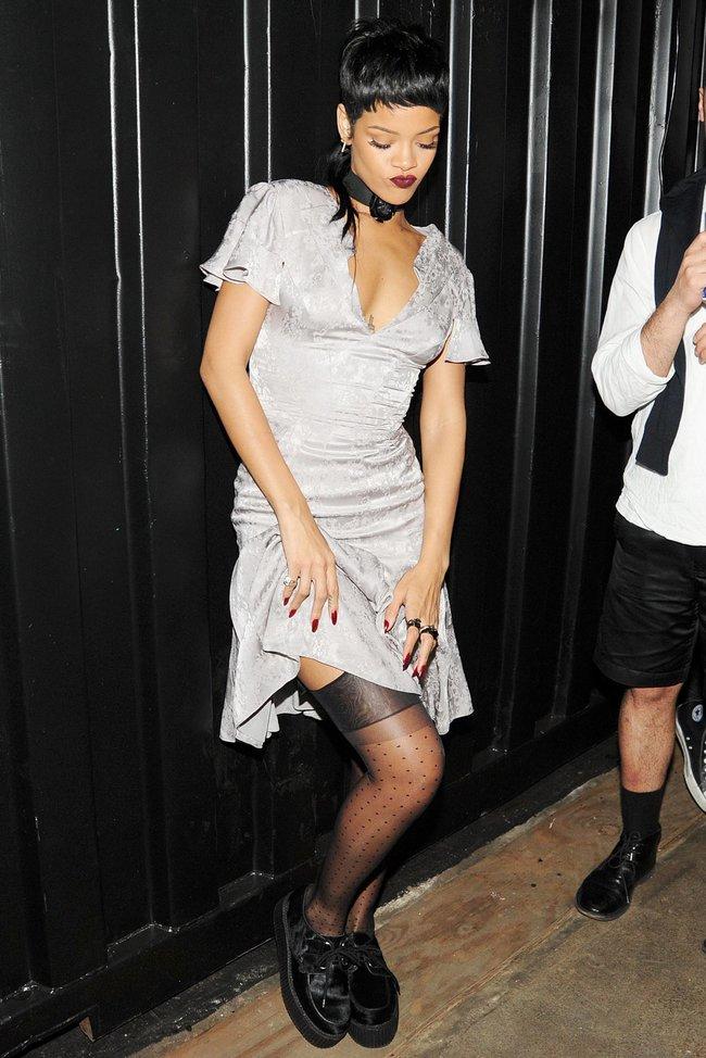 Рианна на Неделе Моды в Нью-Йорке: rihanna-23_Starbeat.ru
