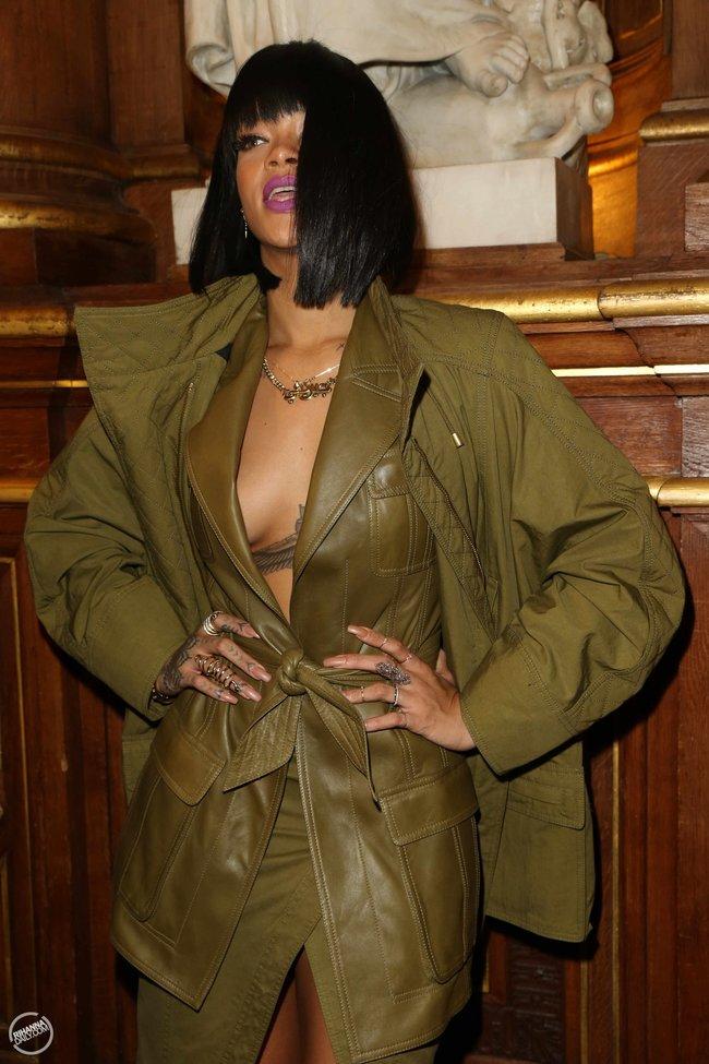 Рианна побывала на модном показе «Balmain» в Париже: rihanna12_Starbeat.ru