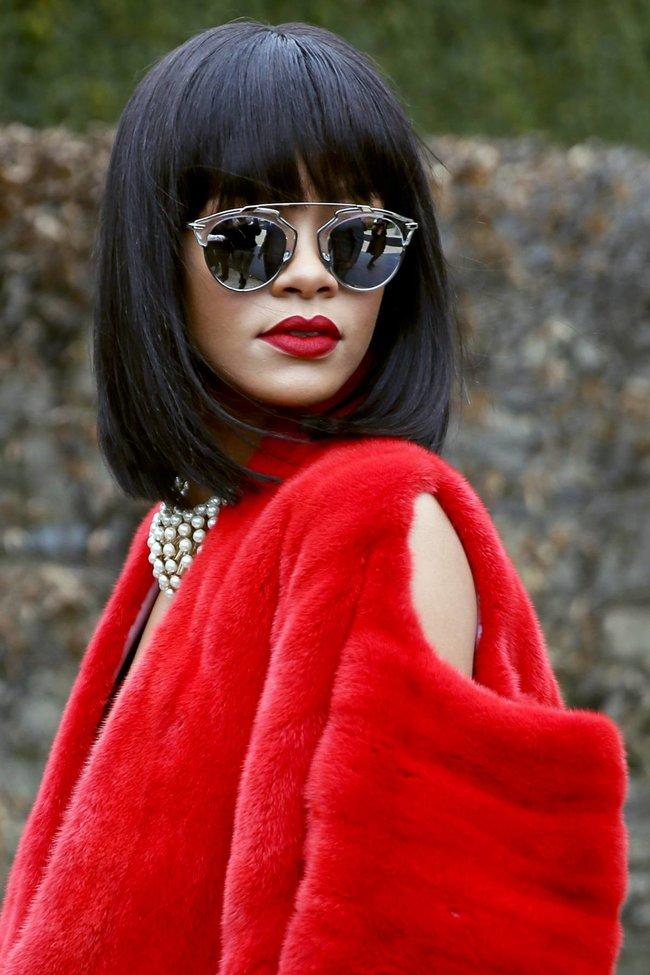 Модный показ «Christian Dior» в Париже посетила Рианна: rihanna-14_Starbeat.ru