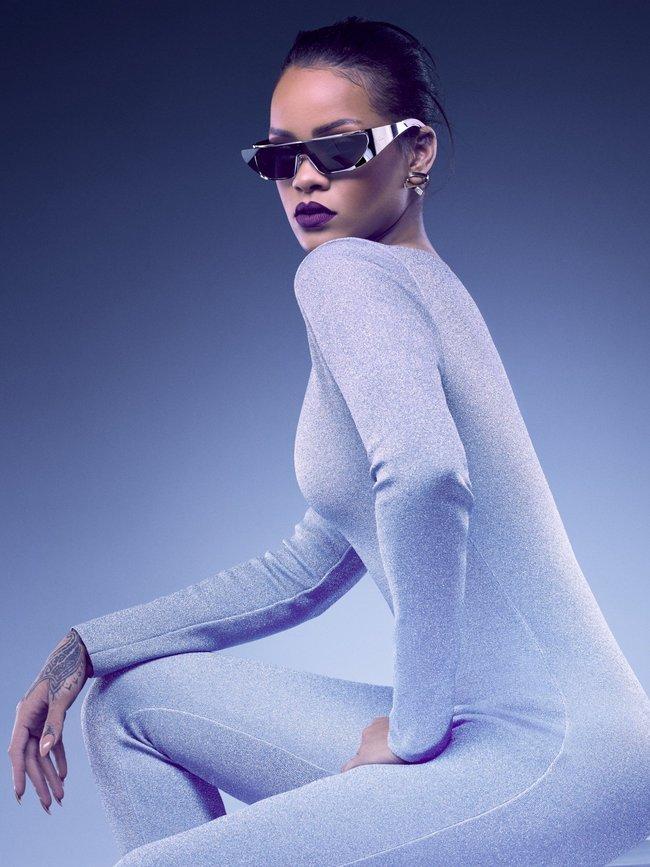 Рианна, нам надо продать больше очёчей! Фото для Christian Dior: rihanna-3-1_Starbeat.ru