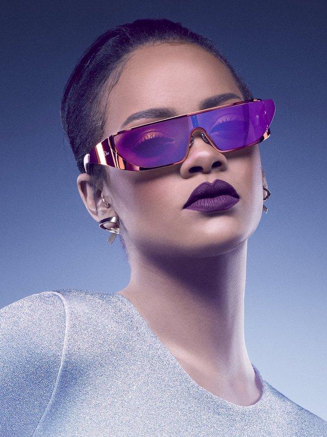 Рианна, нам надо продать больше очёчей! Фото для Christian Dior: rihanna-4-1_Starbeat.ru