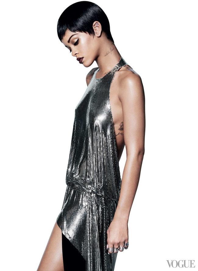 Блистательная Рианна украсила обложку «Vogue US» в марте: rihanna-vogue-us--02_Starbeat.ru