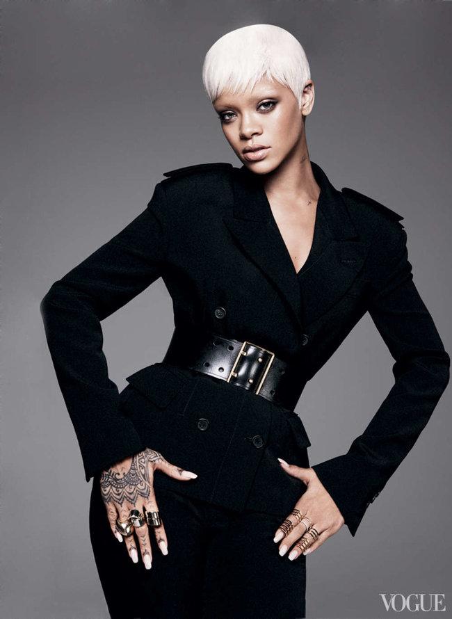 Блистательная Рианна украсила обложку «Vogue US» в марте: rihanna-vogue-us--06_Starbeat.ru