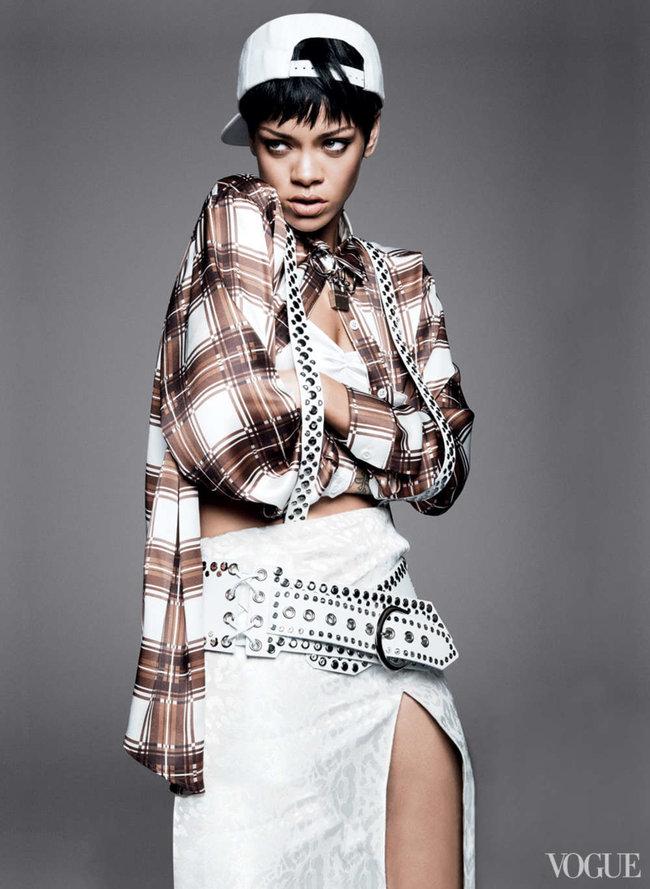 Блистательная Рианна украсила обложку «Vogue US» в марте: rihanna-vogue-us--07_Starbeat.ru