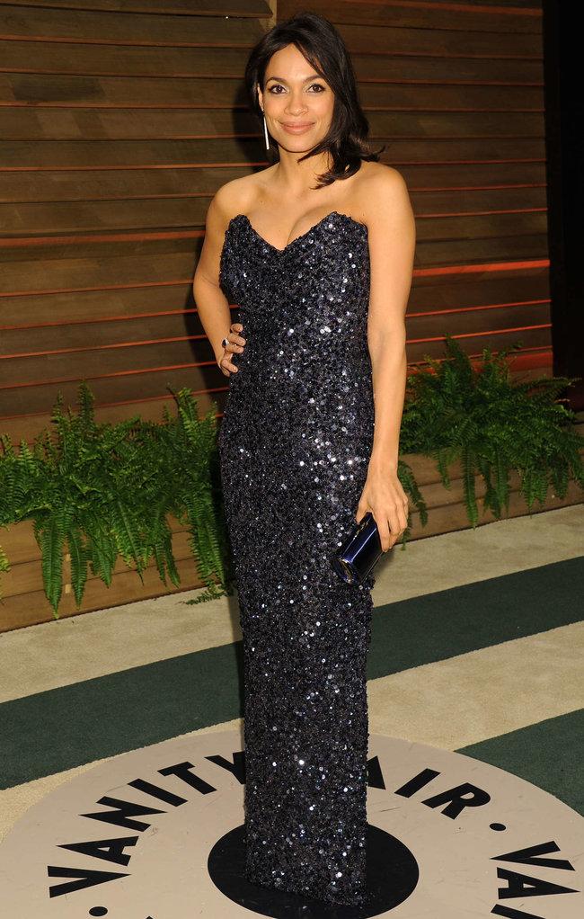 Пост-оскаровская вечеринка «Vanity Fair» в Голливуде: Розарио Доусон: rosario-dawson-oscar-2014---vanity-fair-partyi-02_Starbeat.ru