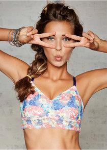 Польская модель Сандра Кубика в бикини-фотосессии: sandra-kubicka-lingerie-photoshoot--01_Starbeat.ru