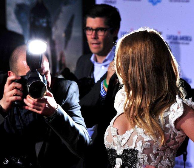 Скарлетт Йоханссон: голливудская премьера фильма «Первый мститель: Другая война»: scarlett-johansson-19_Starbeat.ru