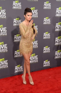 «MTV Movie Awards»: новый сингл Селены Гомес «Come & Get It»: selena-gomez-at-2013-mtv-movie-awards--01_Starbeat.ru