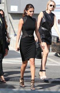 Селена Гомес на вручении наград «Young Hollywood Awards 2013»: selena-gomez---2013-young-hollywood-awards--01_Starbeat.ru