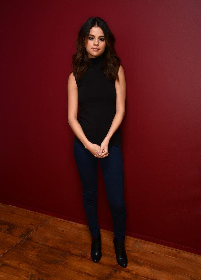 Селена Гомес в портретной фотосессии кинофестиваля «Sundance» (фильм «Неуправляемый»)