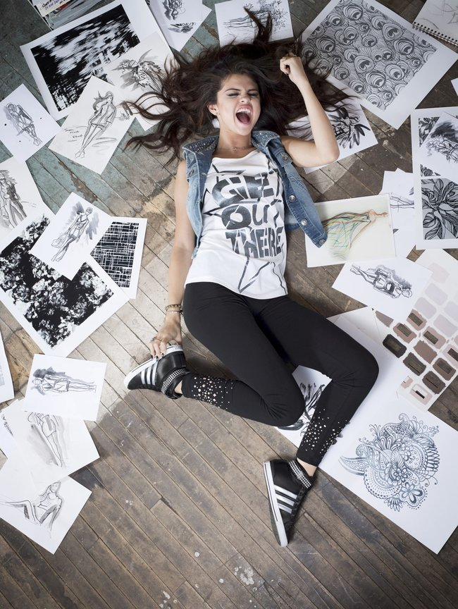 Селена Гомес в промо-фотосессии для марки «Adidas NEO»: selena-gomez-22_Starbeat.ru