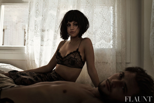 Фотосессия Селены Гомес для журнала «Flaunt»: selena-gomez-flaunt-magazine-2013--05_Starbeat.ru