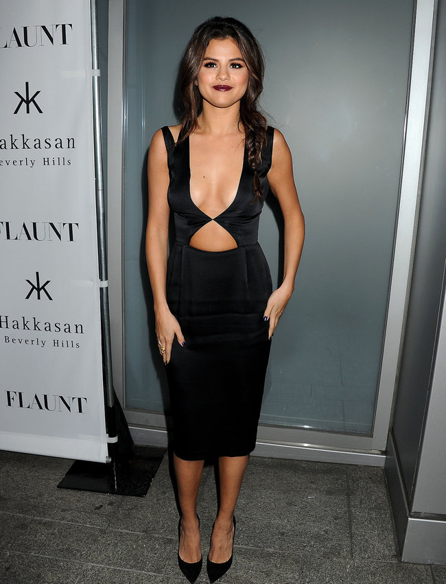Селена Гомес: вечеринка журнала «Flaunt» в Беверли-Хиллз: selena-gomez-flaunt-magazine-cover-party--10_Starbeat.ru
