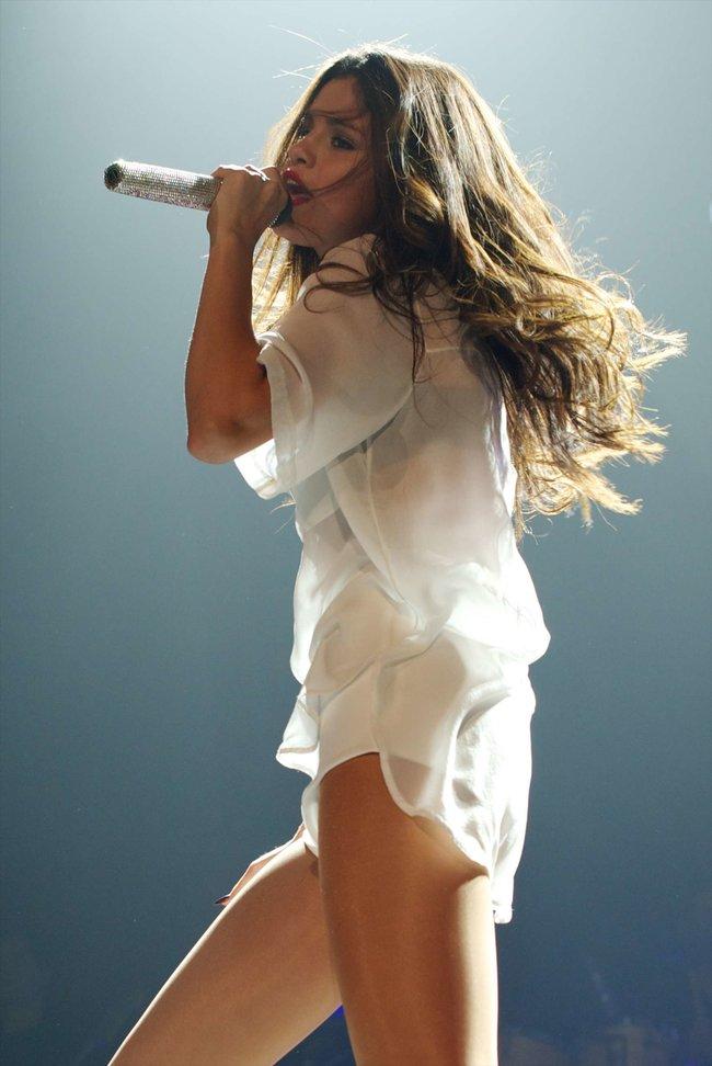Мировое турне Селены Гомес «Stars Dance»: выступление в Испании: selena-gomez-hot-concert-photos-stars-dance-tour-in-spain--23_Starbeat.ru