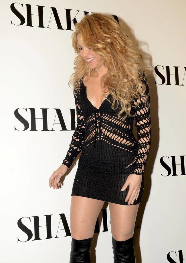 Фотоколл нового альбома Шакиры в Испании: «Shakira»: shakira-14_Starbeat.ru