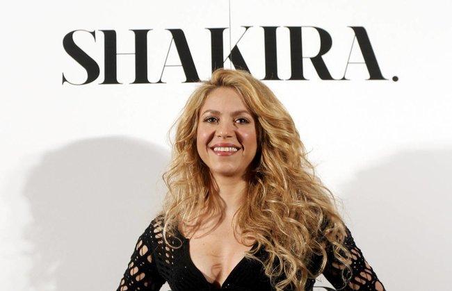 Фотоколл нового альбома Шакиры в Испании: «Shakira»: shakira-16_Starbeat.ru