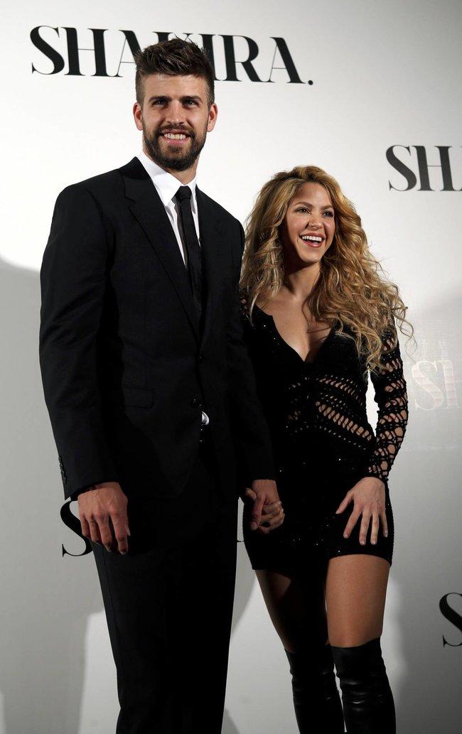 Фотоколл нового альбома Шакиры в Испании: «Shakira»: shakira-6_Starbeat.ru