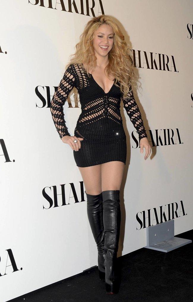 Фотоколл нового альбома Шакиры в Испании: «Shakira»: shakira-8_Starbeat.ru