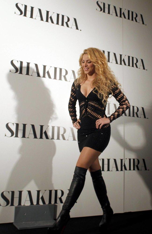 Фотоколл нового альбома Шакиры в Испании: «Shakira»: shakira-9_Starbeat.ru