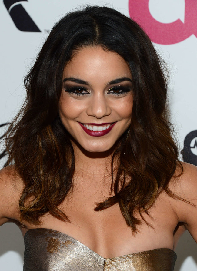 Ванесса Хадженс на «Elton John AIDS Foundation Academy Awards»: vanessa-hudgens-oscars-2014---vanity-fair-party--02_Starbeat.ru