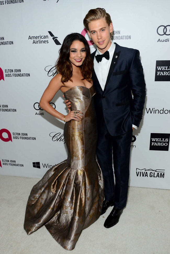 Ванесса Хадженс на «Elton John AIDS Foundation Academy Awards»: vanessa-hudgens-oscars-2014---vanity-fair-party--07_Starbeat.ru