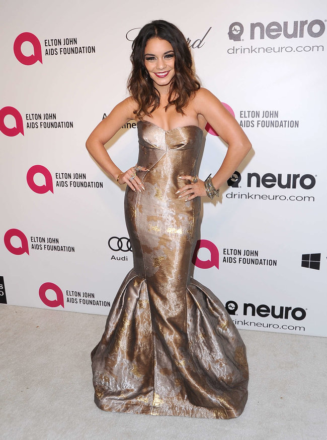 Ванесса Хадженс на «Elton John AIDS Foundation Academy Awards»: vanessa-hudgens-oscars-2014---vanity-fair-party--14_Starbeat.ru
