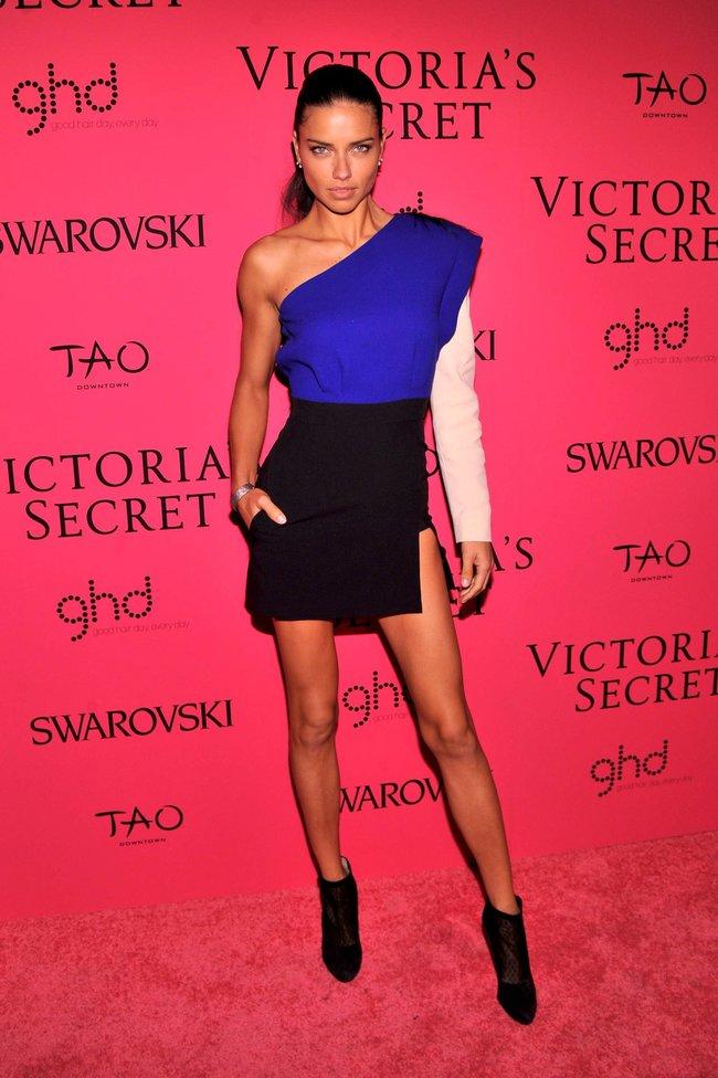 Афтепати модного показа «Victoria's Secret»: модели и гости: adriana-lima-22_Starbeat.ru