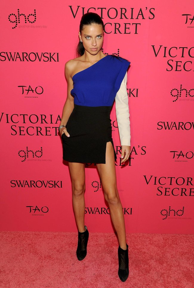 Афтепати модного показа «Victoria's Secret»: модели и гости: adriana-lima-42_Starbeat.ru