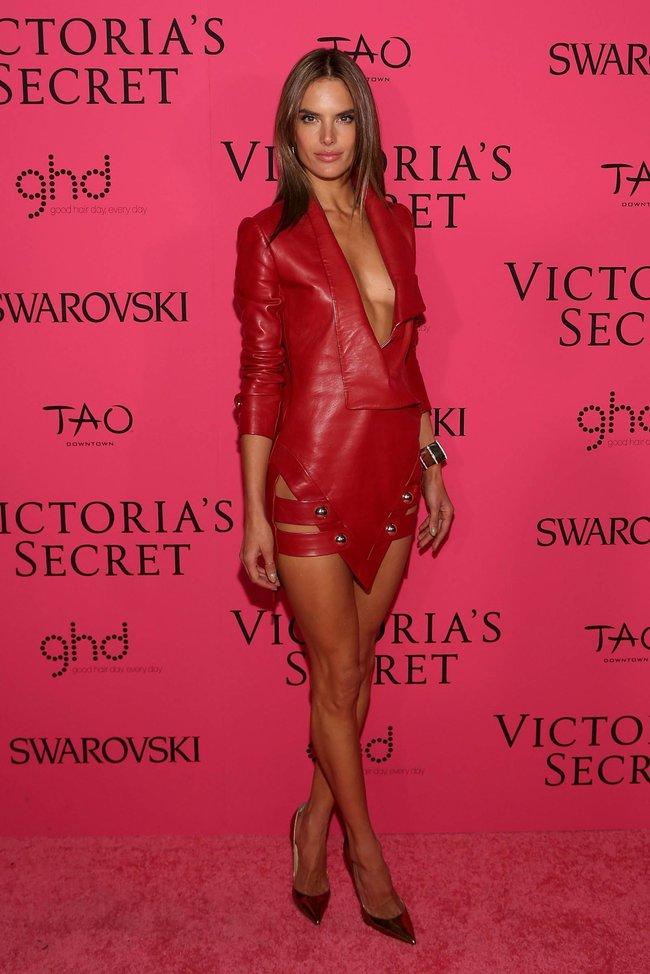 Афтепати модного показа «Victoria's Secret»: модели и гости: alessandra-ambrosio-15_Starbeat.ru