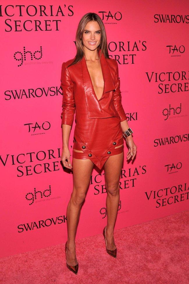 Афтепати модного показа «Victoria's Secret»: модели и гости: alessandra-ambrosio-22_Starbeat.ru