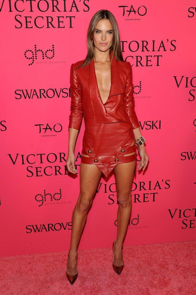 Афтепати модного показа «Victoria's Secret»: модели и гости: alessandra-ambrosio-32_Starbeat.ru